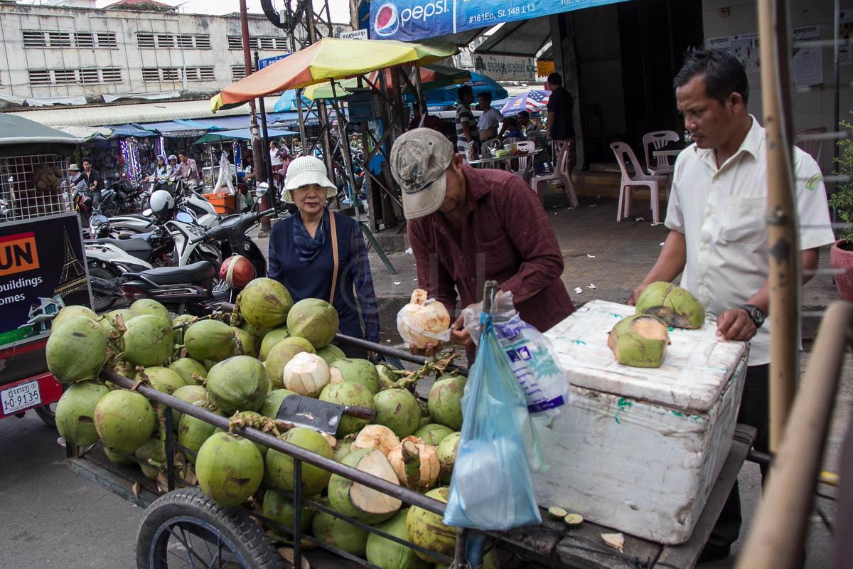 Phnom Penh, coconut seller