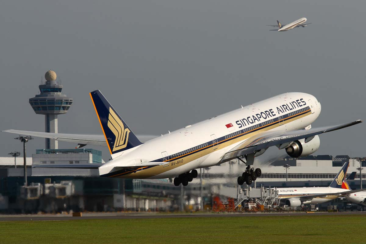 Capital Express, Singapore Airlines B777-212(ER),Singapore Airlines Boeing order